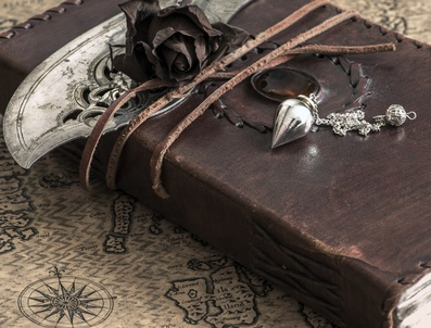 Geheimnisse im Buch