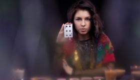 Kartenlegerin am Telefon